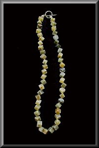 Labradorite Diamond Cut Necklace.